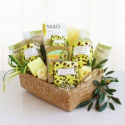 NATURAL CUCUMBER AND OLIVE OIL SPA GIFT BASKET